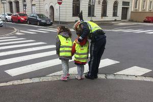 Besuch der Verkehrspolizistin