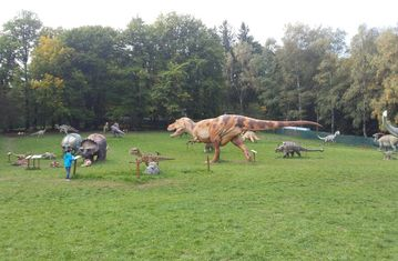 Wandertag am Pöstlingberg - World of Dinosaurs