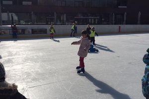Ein Vormittag am Eislaufplatz!